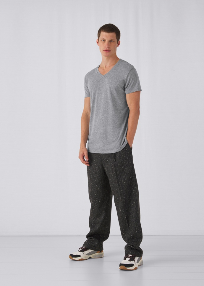 B&C TM057 V Triblend /men